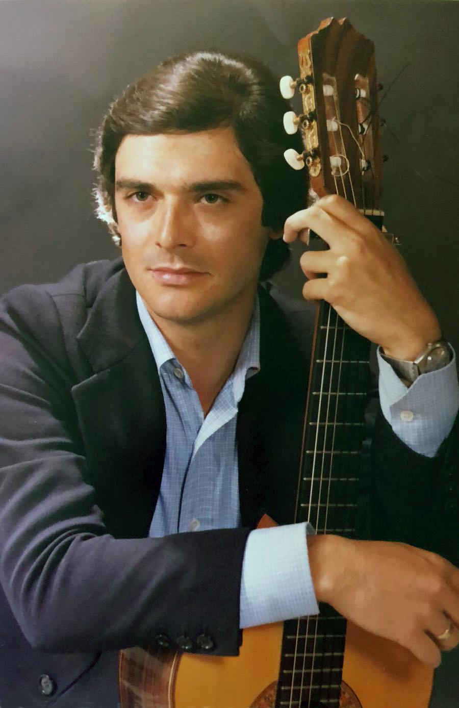 Regino y Guitarra